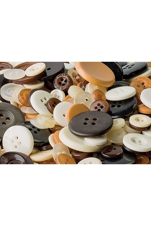 Basics - Buttons: Natural (Tub of 600g)